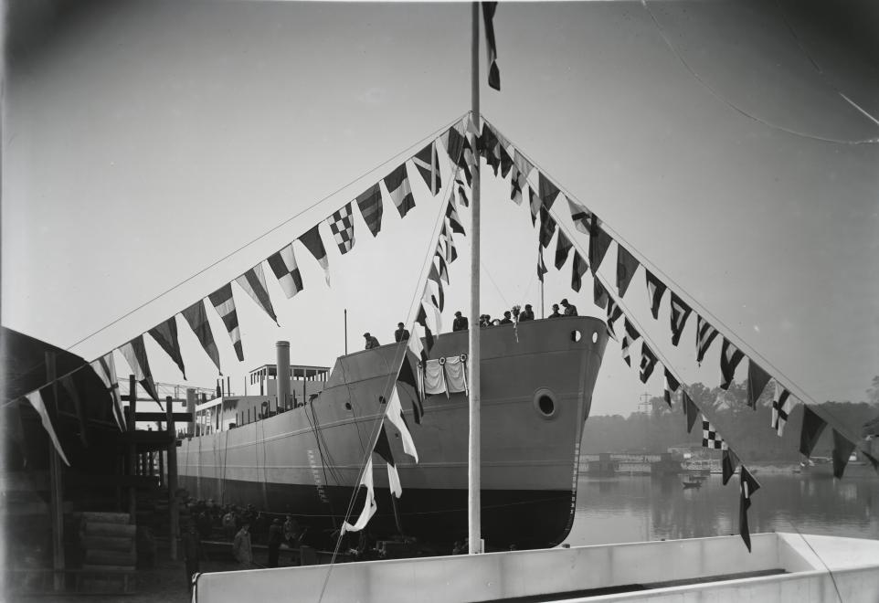 Hungary boat
