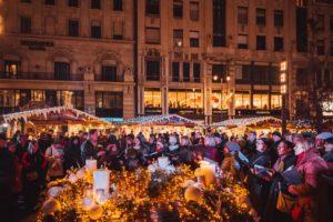 Budapest, Vörösmarty Square, Christmas, market, pavilons