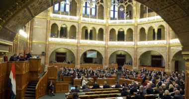 parliament session Hungary