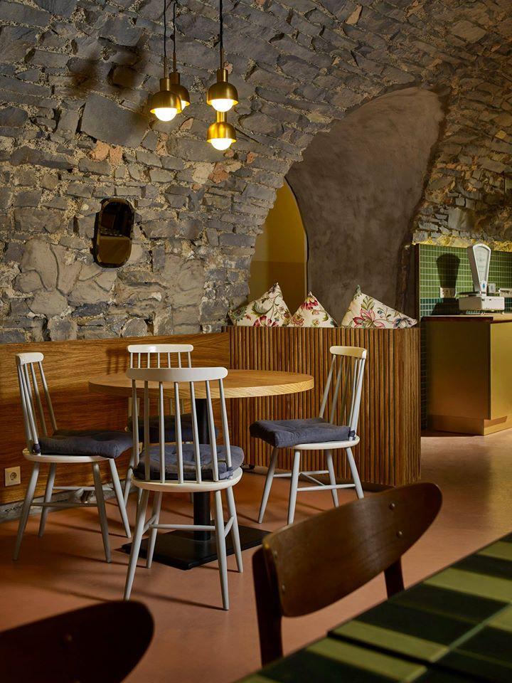 restaurant Balaton winter