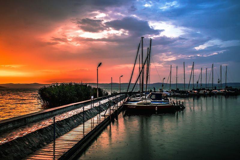 zamárdi dock ships sunset