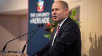 Australian resign Hungarian citizenship