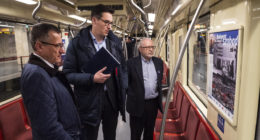 Exhibition commemorating the 1945 siege of Budapest opens in metro carriages