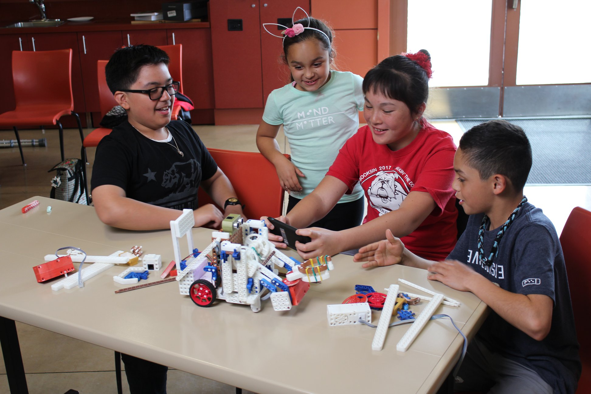 Revolution Robotics Children Learning