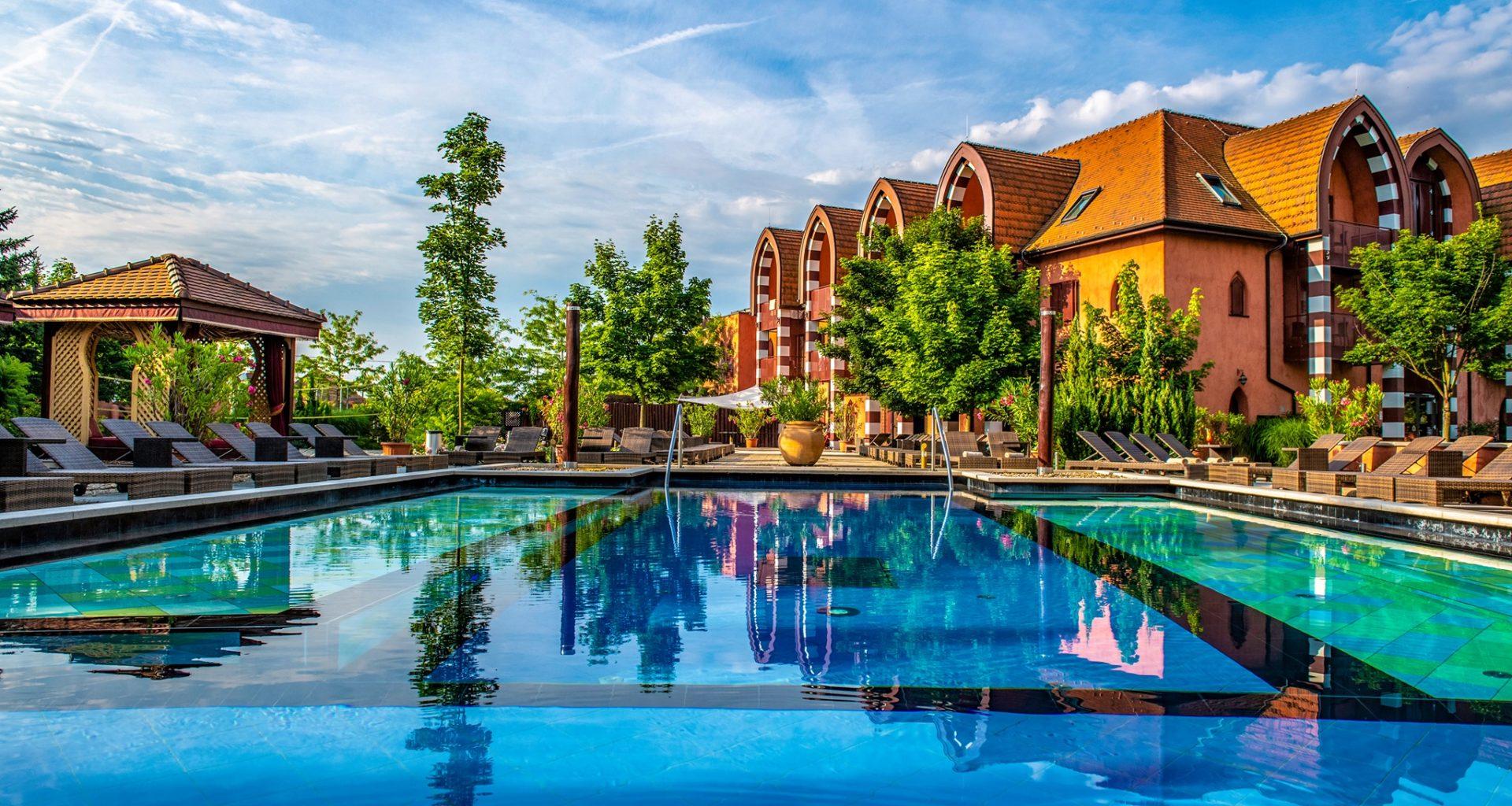 Shiraz Hotel, Egerszalók, hotel, Hungary