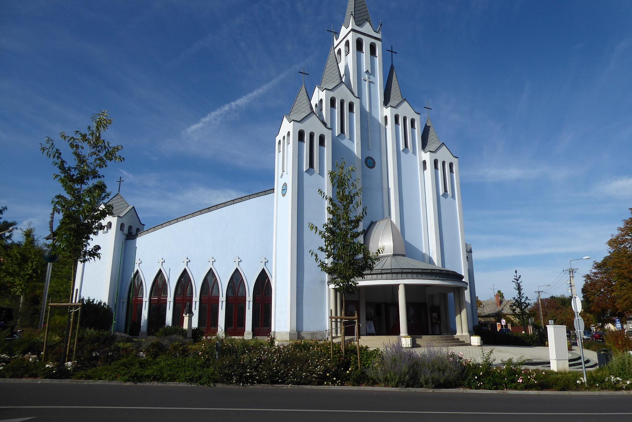 héviz szentlélek templom holy spirit catholic church