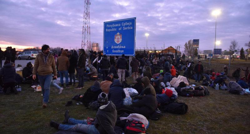 migrants at hungarian border