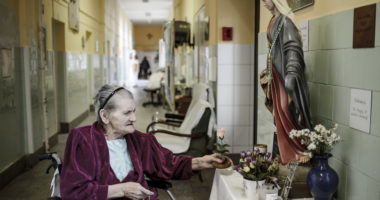 pension-retired-hungary