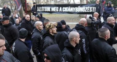 radical nationalist Mi Hazánk party betyársereg