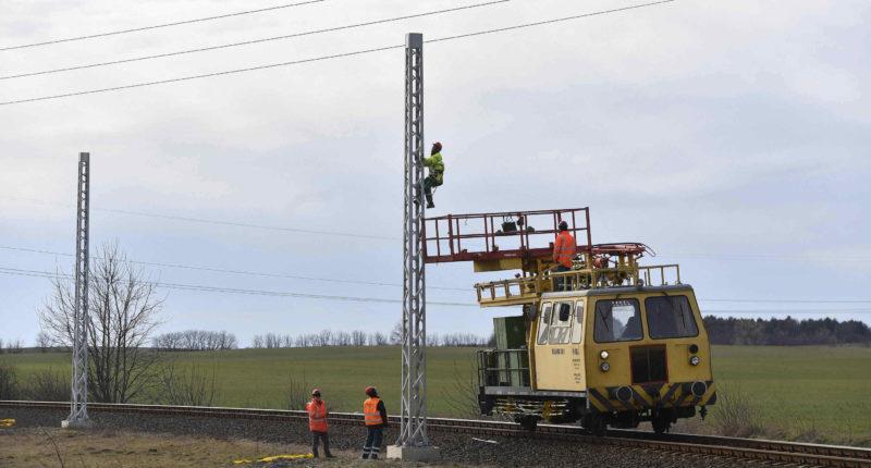 worker railway