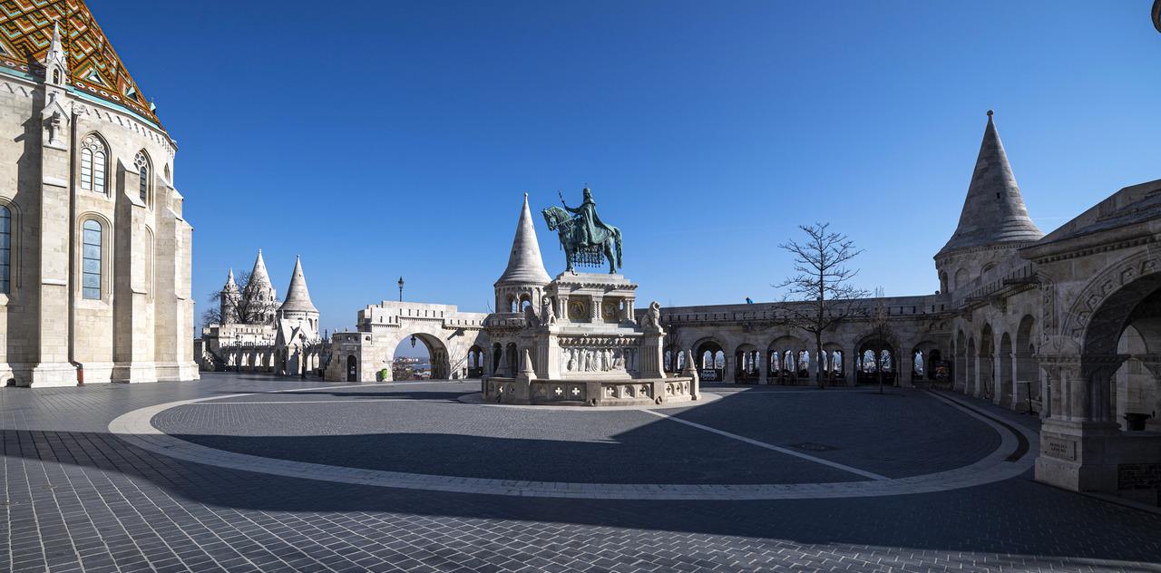 Budapest-Hungary-tourism coronavirus