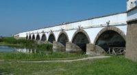 Hungary, Hortobágy, Nine Arched Bridge, bridge