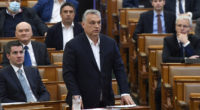 Orbán-márch-30-2020