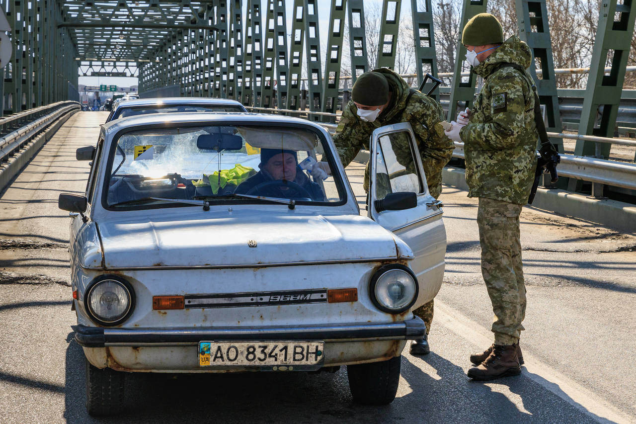 Ukraine-Hungary-border-controll