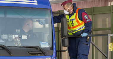 border-transport-hungary-coronavirus-police