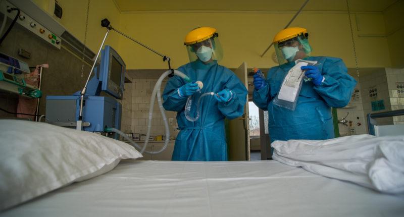 coronavirus-Hungary-hospital