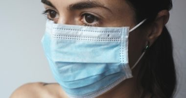 coronavirus mask woman