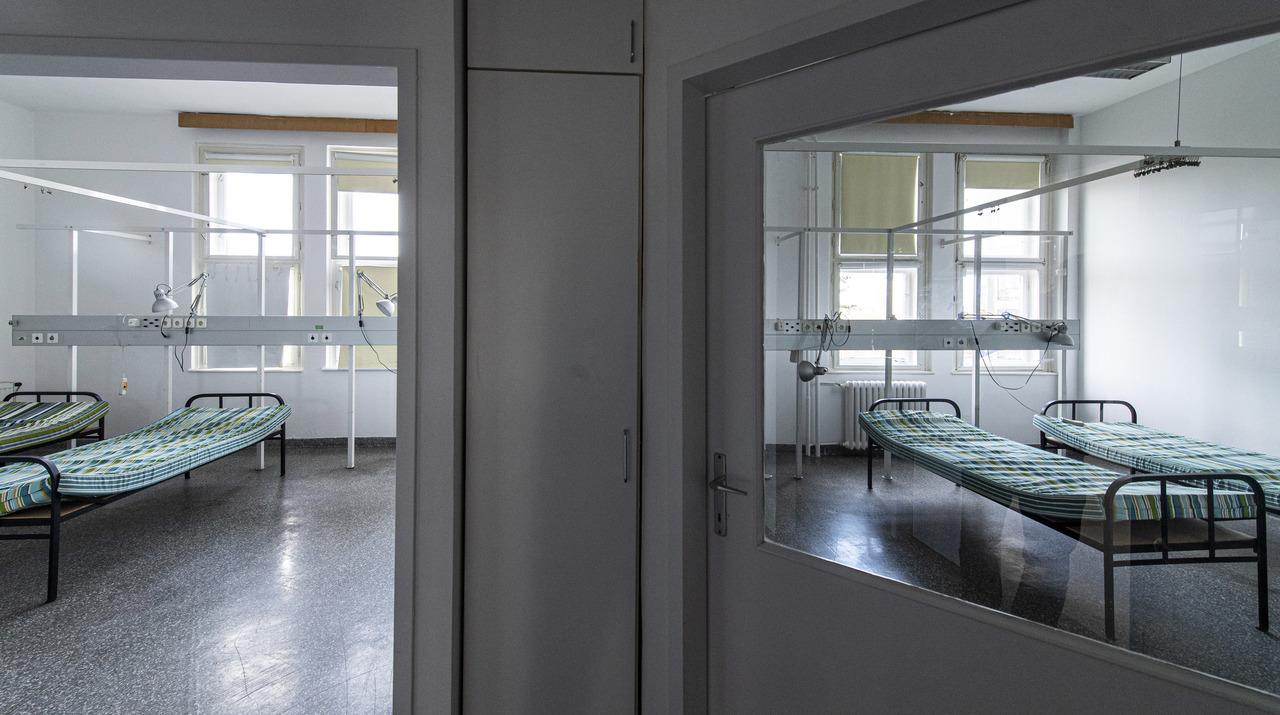 hospital-bed-Hungary-Kútvölgy-coronavirus