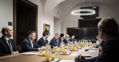 orbán with action groups