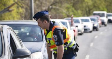 Hungary-police-check-car