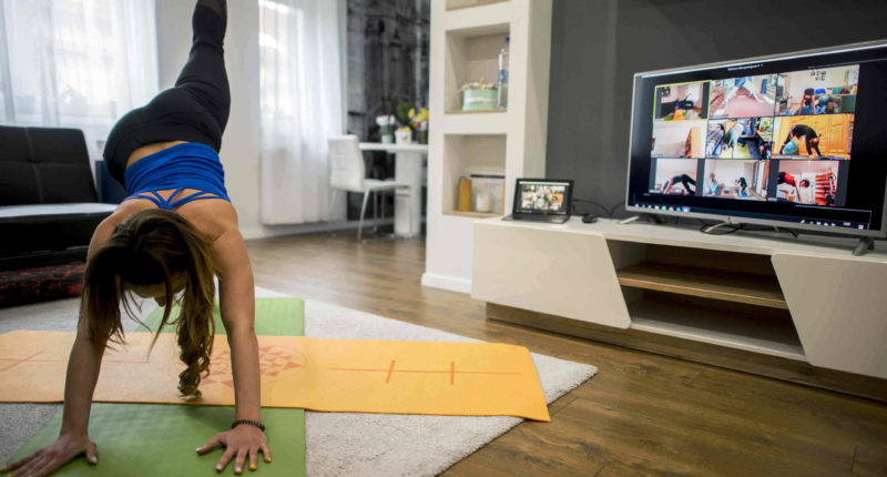 quaratine yoga
