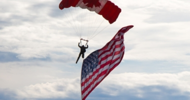 skydiver-canada-usa-united-states