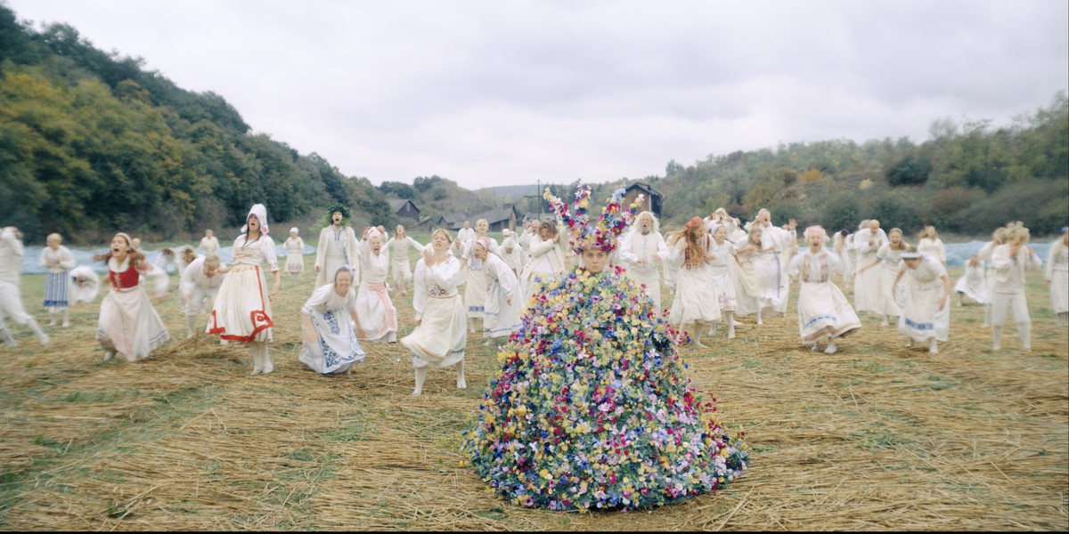 May Queen Dress Ruha Virág Film