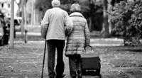 Old-couple-retirement