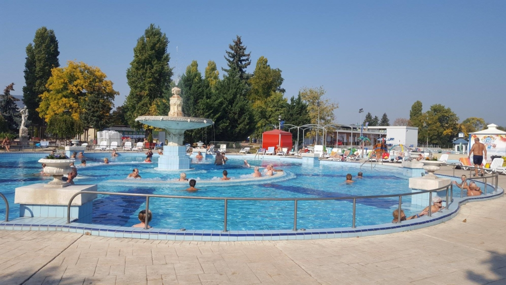 Palatinus, bath, Budapest, Hungary