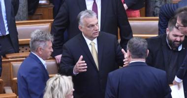 orbán-Hungary-parliament