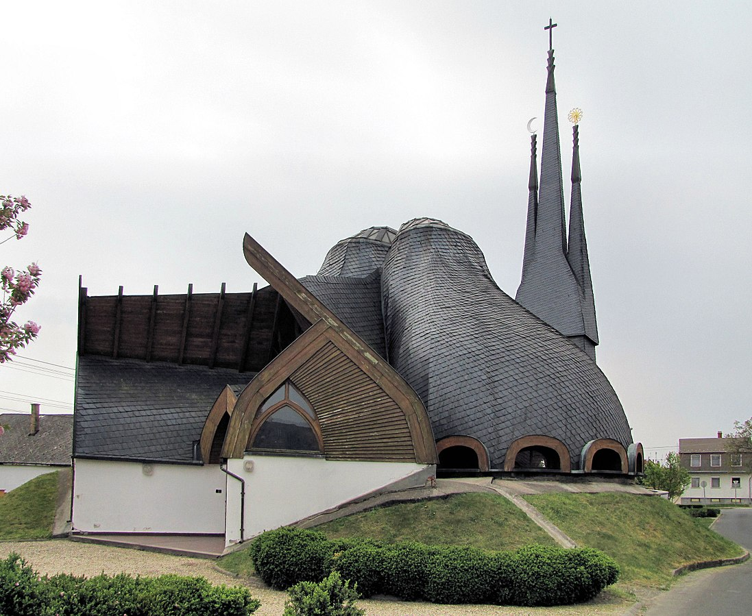 Church of the Holy Spirit-Paks-Hungary-1