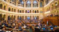 Hungarian-parliament-vote