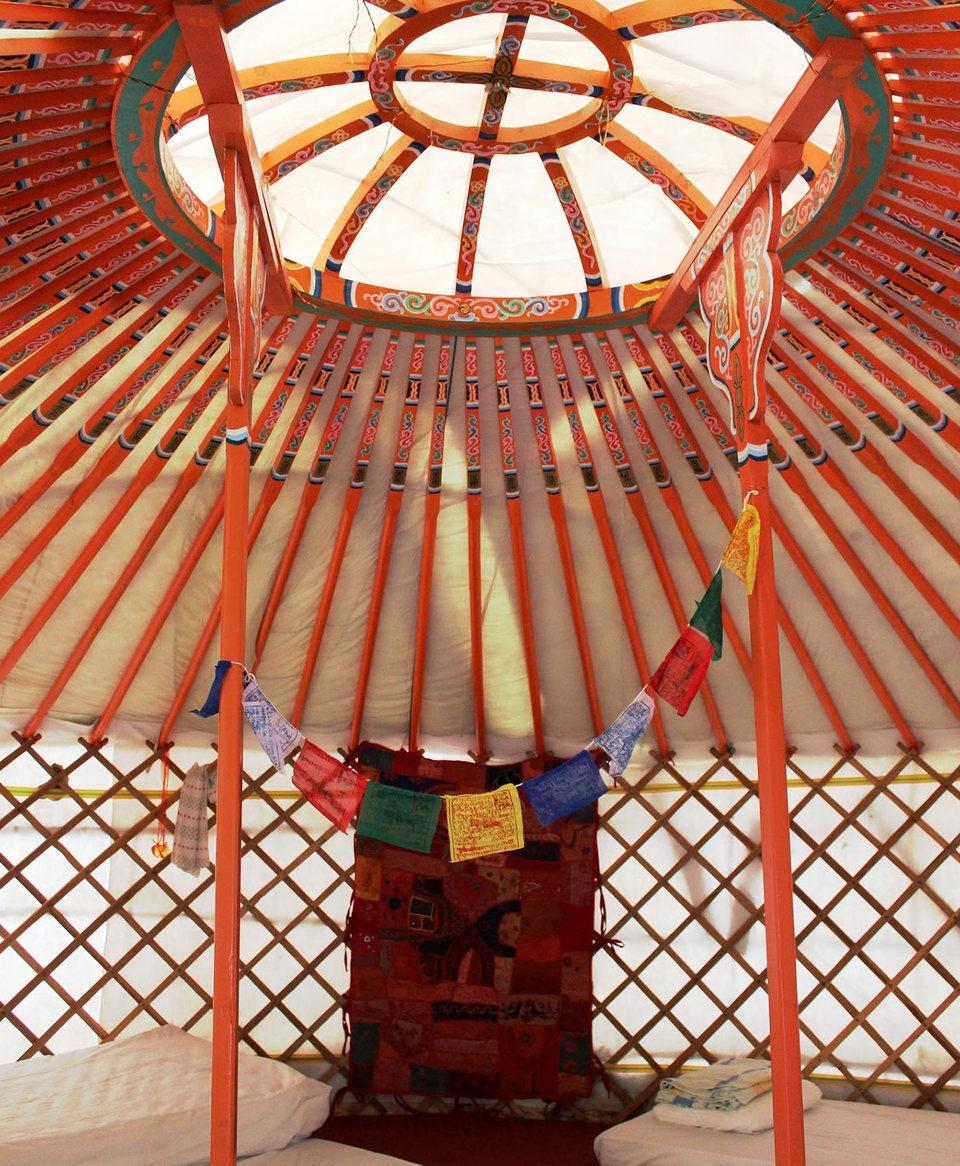 Jurta Yurt Belülről Inside