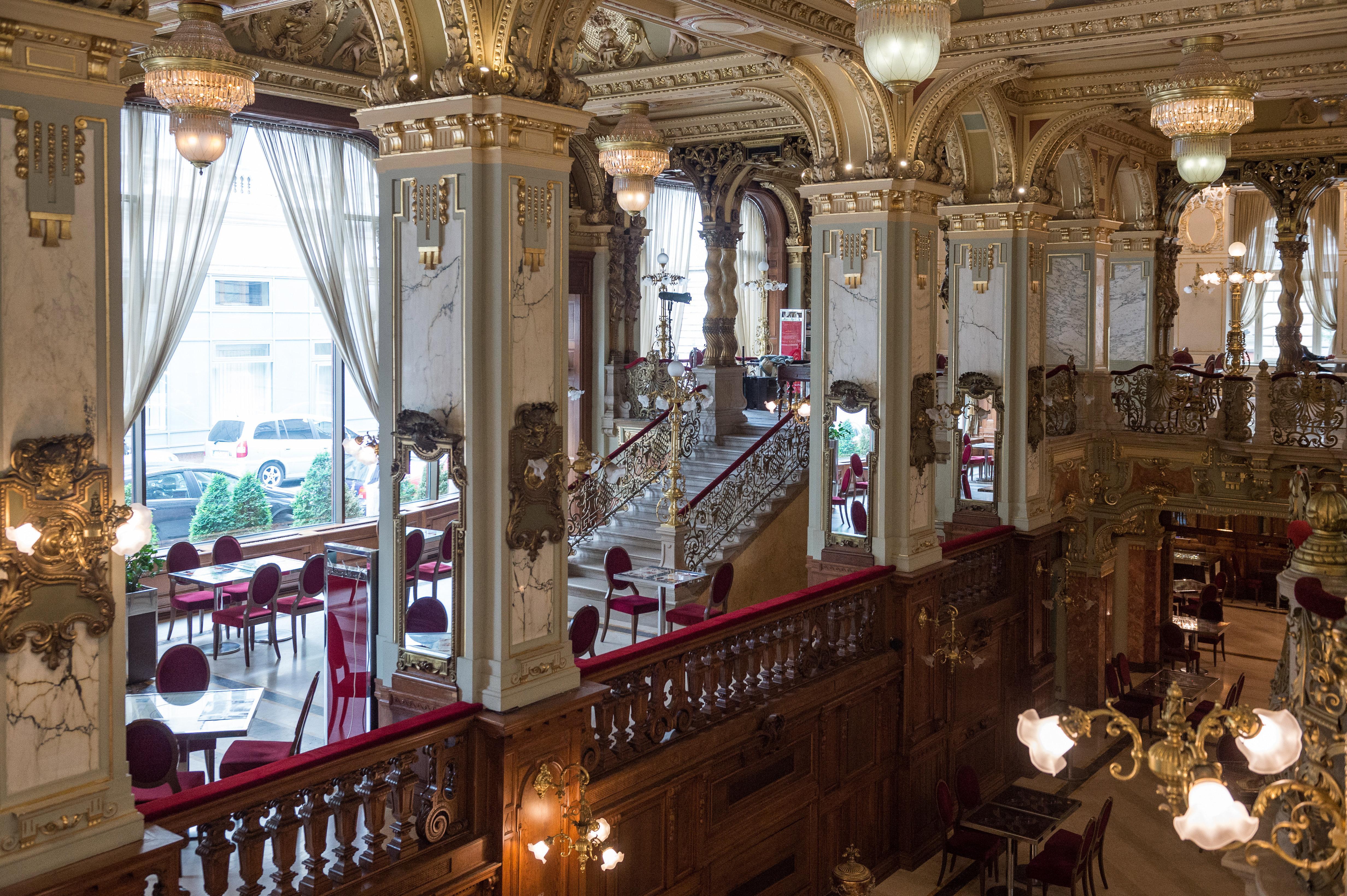 Történelmi kávéházak-New-York Kávéház
