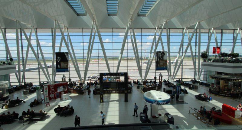 budapest airport waiting