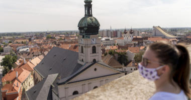 church-catholic-hungary-coronavirus-győr