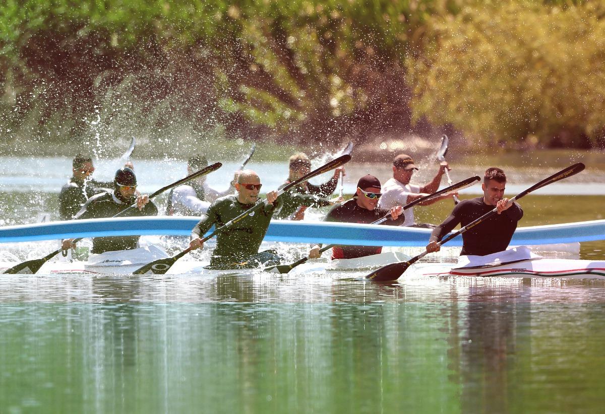 kayak hungary