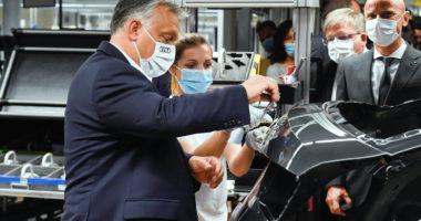 orbán in audi factory