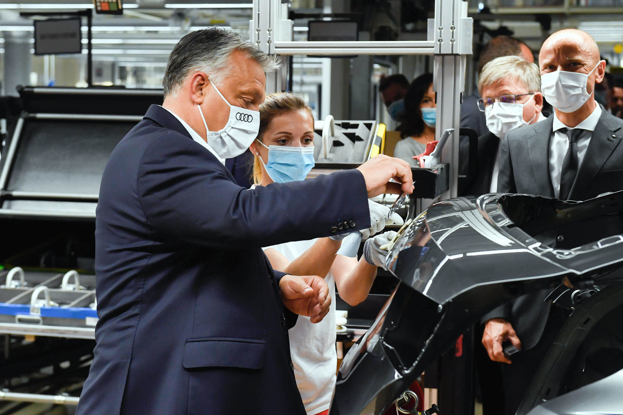 Coronavirus - Orbán warns new protection measures needed in light of upsurge abroad
