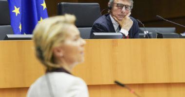 EP-104239A_Plenary session