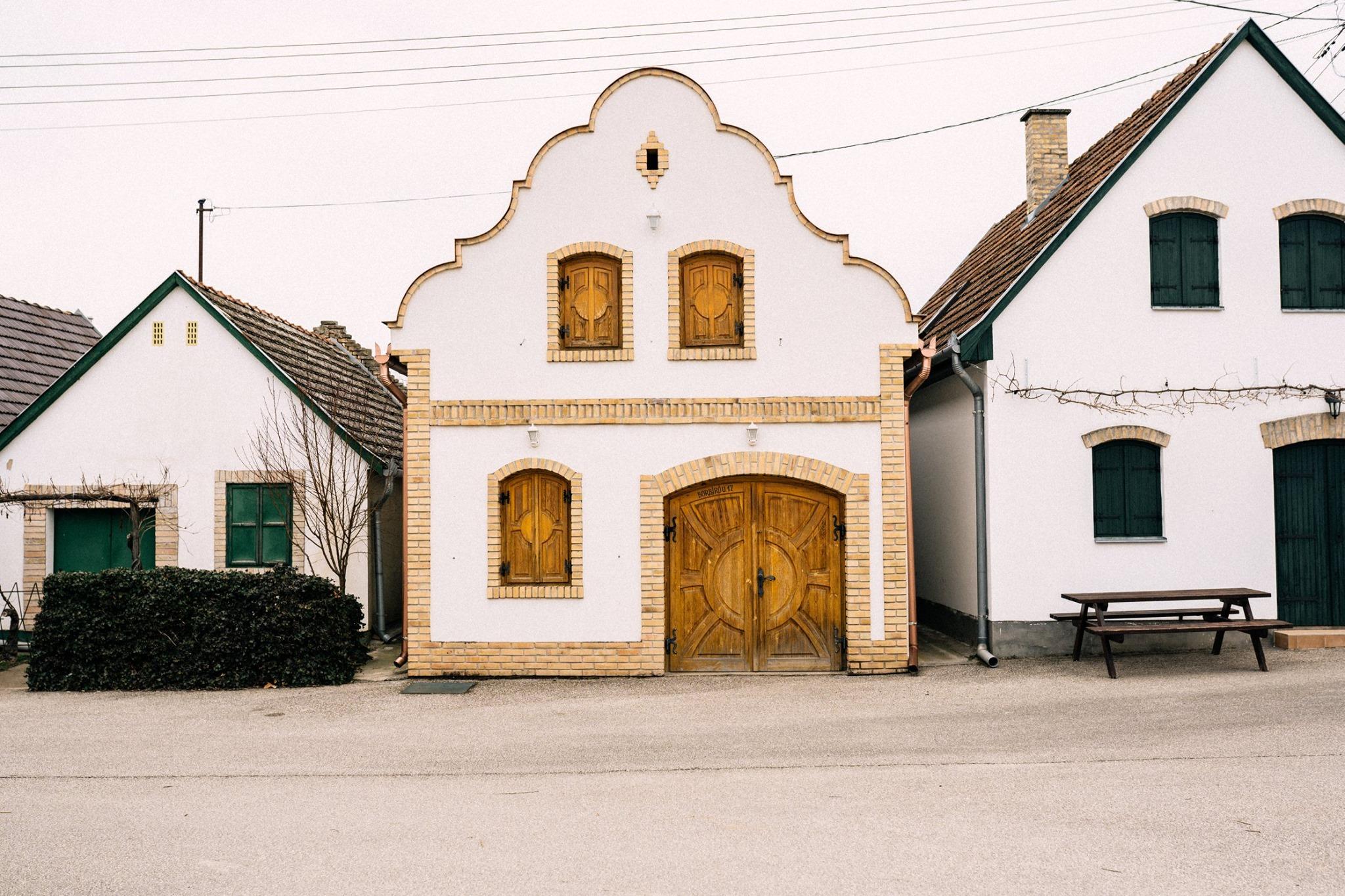 Hajós, Hungary, wine, wine cellars