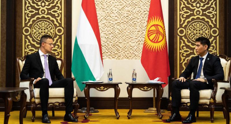 Hungary delivers ventilators to Kyrgyzstan