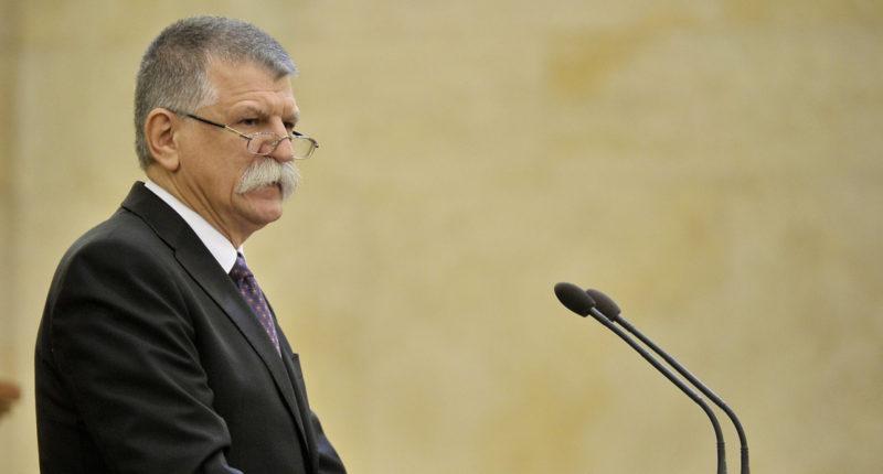 Hungary-house-speaker-parliament