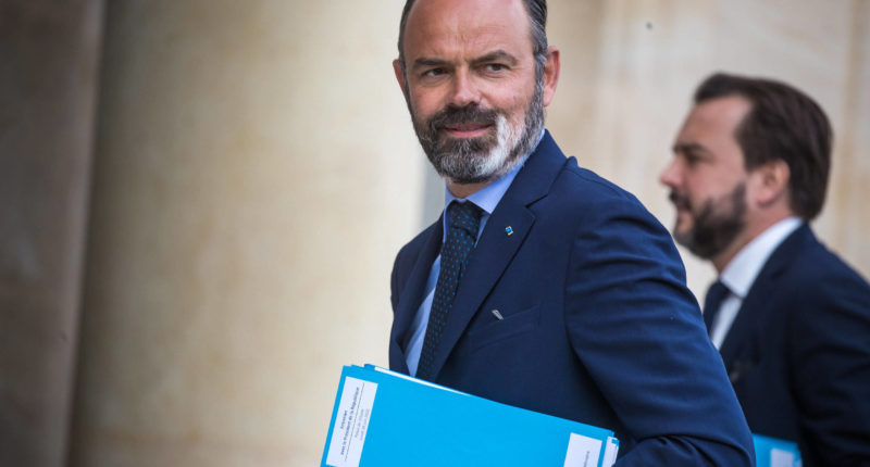 french pm resigns