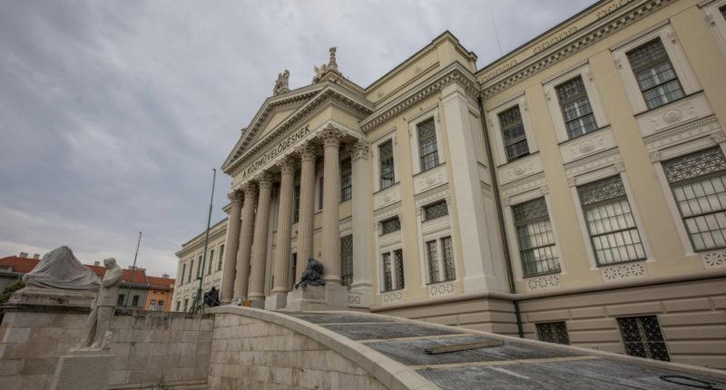 Szeged museum restoration