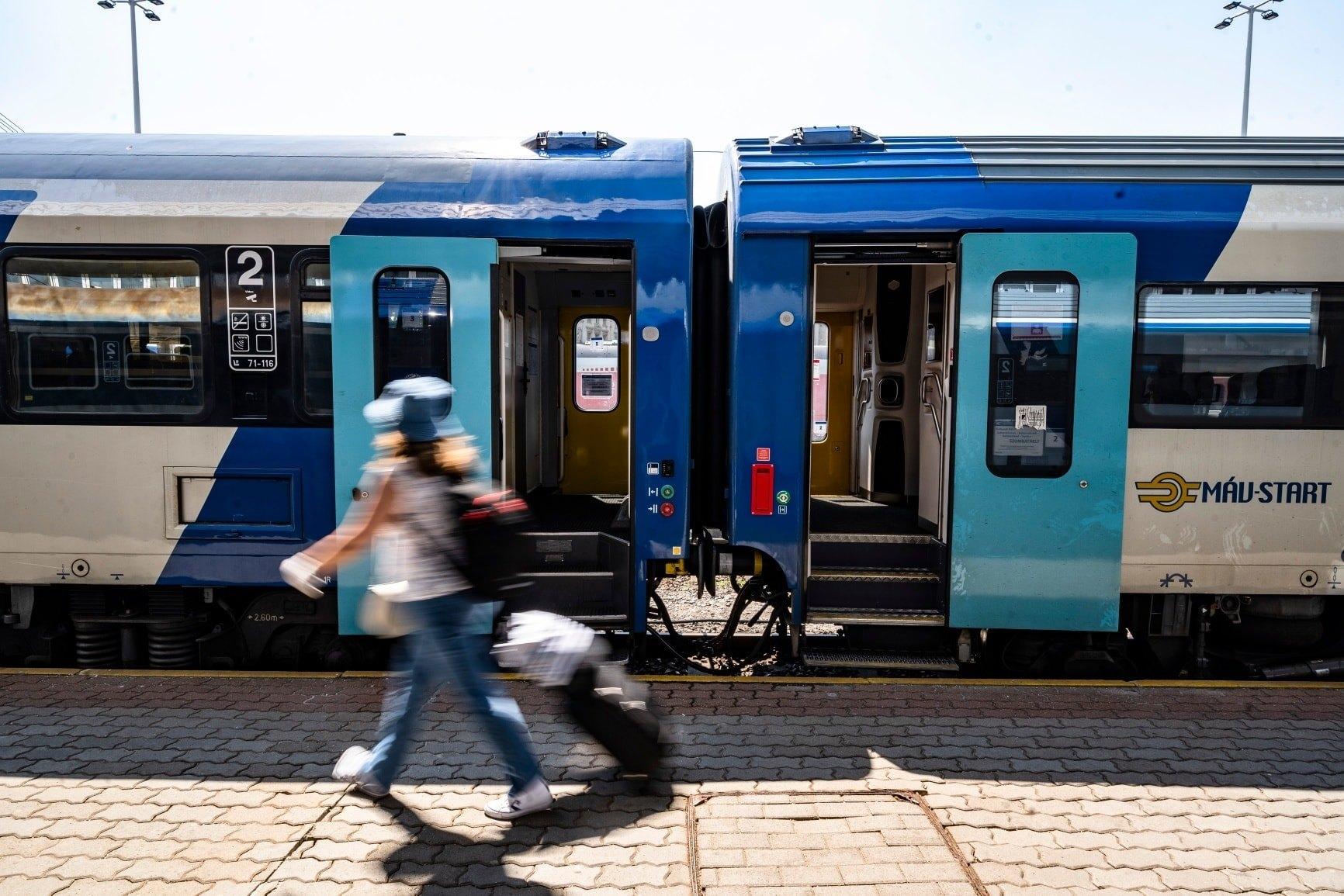 máv train travel vacation