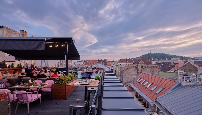 memorise skybar budapest rooftop