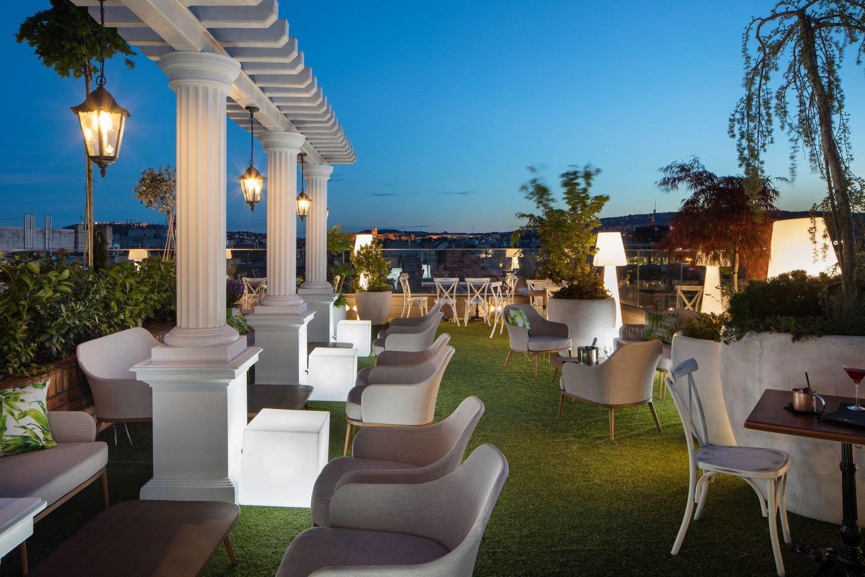sky garden rooftop bar budapest