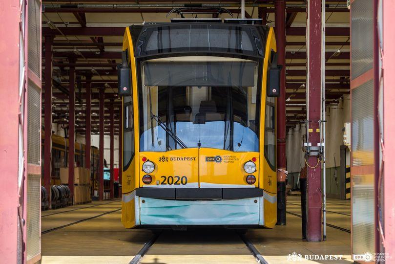 Mask Yellow Tram Sárga Villamos