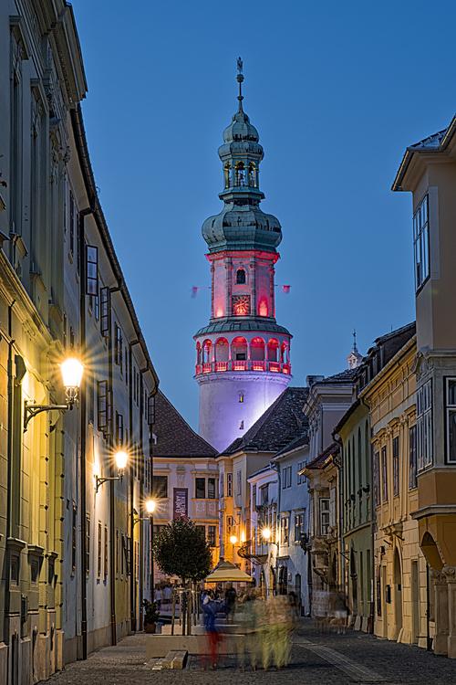Sopron Tűztorony Night